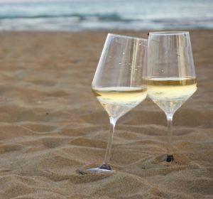 Dicas para se refrescar com vinho