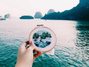 Designer de Cingapura para em pontos turísticos para bordar.