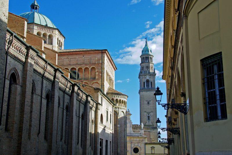 Praça Del Duomo,caminhos e descaminhos na itália