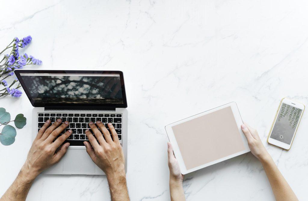 Transtorno de dependência à internet e aos computadores