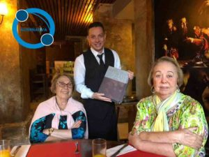 Famiglia Facin. Professora Maria, Garçom Rafael e Doutora Helena.