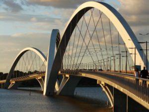 Por que odiar Brasília?