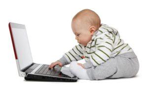 criança e computadores