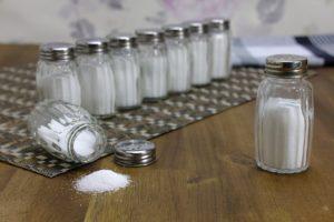 Brasileiro consome muito sal