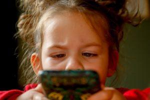 uso excessivo do celular