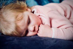 Como lidar com os despertares noturnos da criança