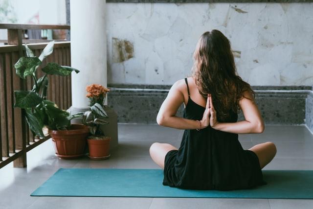 Cursos online de formação em Yoga